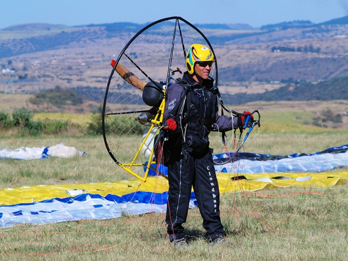 Cloudbase Paragliding Gallery (9)
